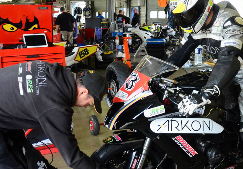 Brooky's Mixed Fortunes at Cadwell Park